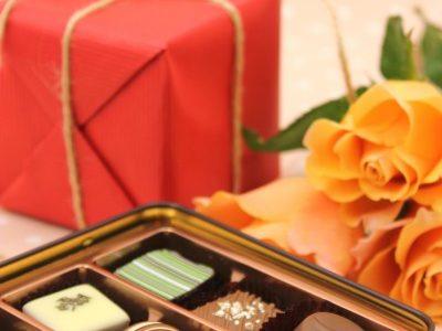 2016バレンタインの自分チョコ男子が買うのは変?恥ずかしくない?