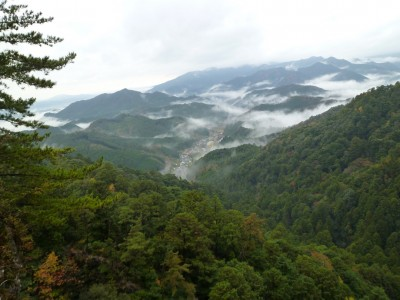 鳳来寺に行く途中の景色